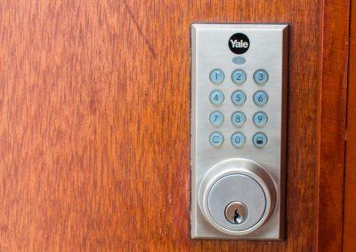 Detalle-09-dia-detalle-chapa-seguridad