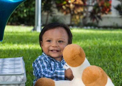 imagen-fotografo-cuernavaca-sesion-infantil-cumpleaños-jonathan-sonriendo